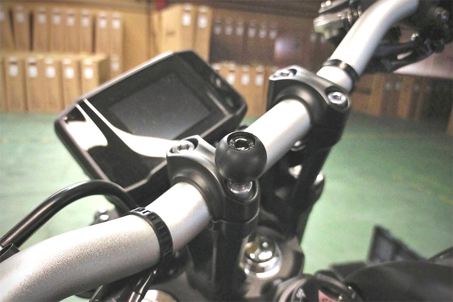 ラムマウント Xグリップ&M8ボルトベースセット ファブレット用 ショートアーム 1インチボール RAM-PL6