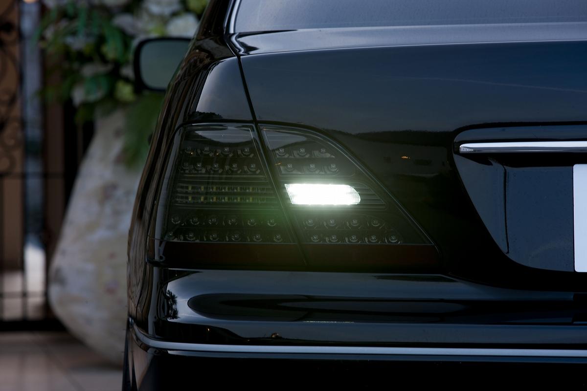 ヴァレンティ 4リン LEDテール Revo クリア/ブラック ZC33スイフト